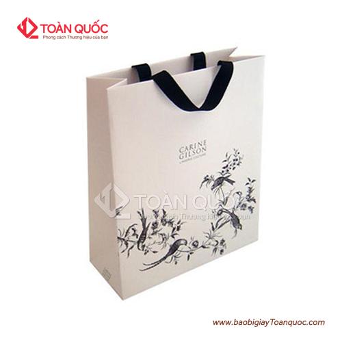 túi giấy đựng quần áo đẹp, tuigiaydungquanaodep