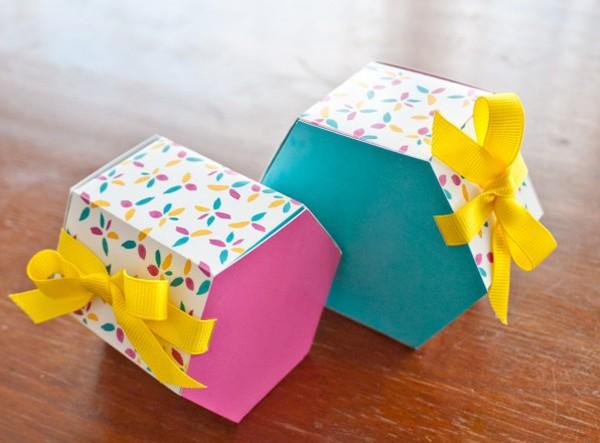 hộp giấy đựng quà giáng sinh